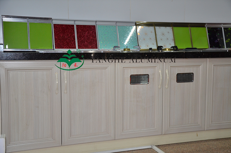 全铝家具柜体型材成品
