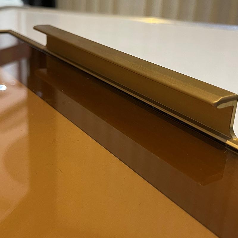 极简门铝型材